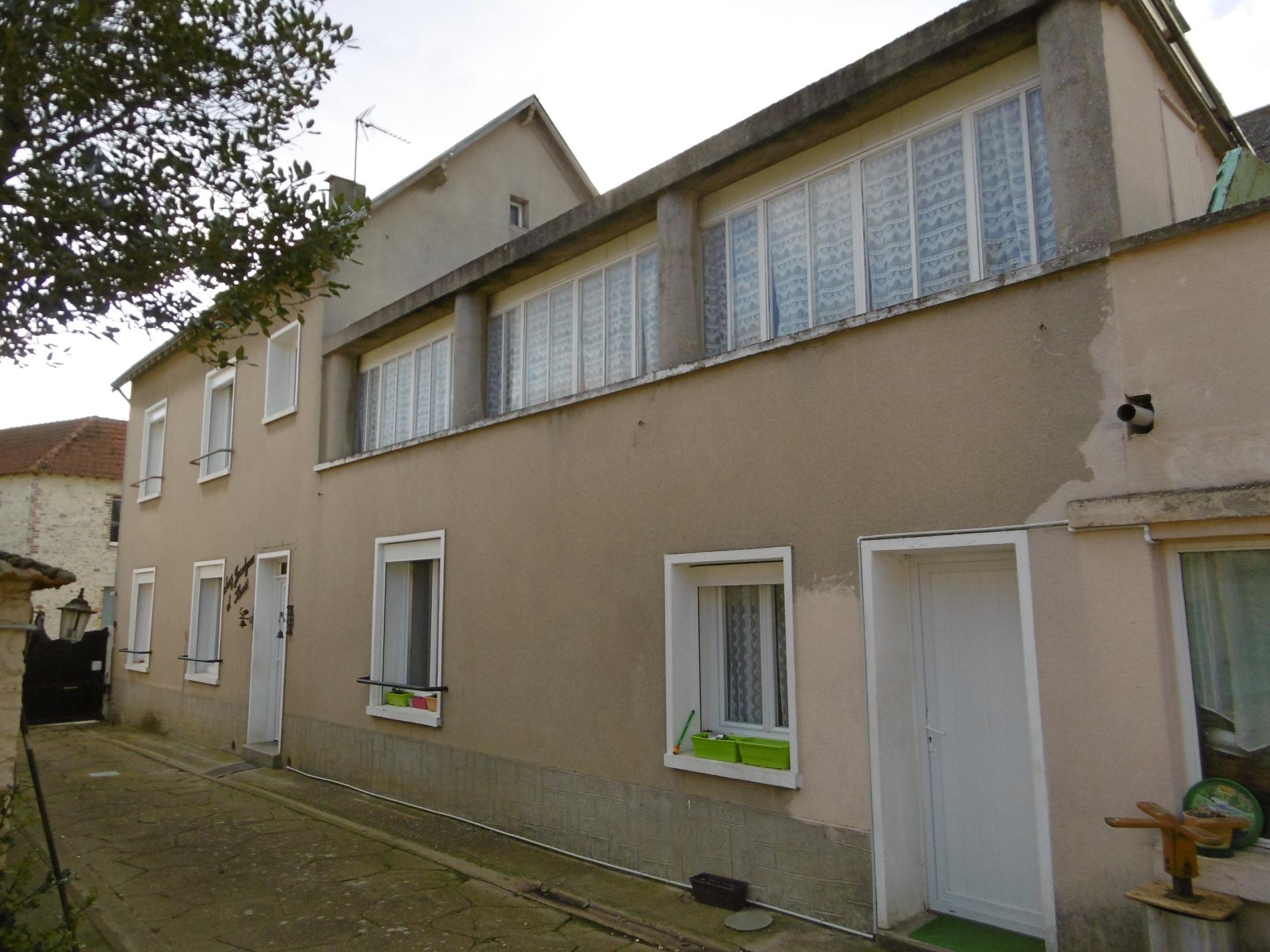 Maison chambres bureau et jardin wattrelos vente appartement